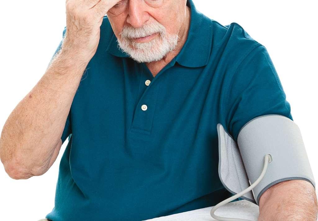 Come curare la pressione alta con una strategia efficace senza aggiungere farmaci.